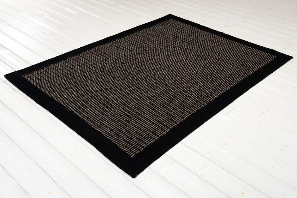 Ninja Star Black 160x230