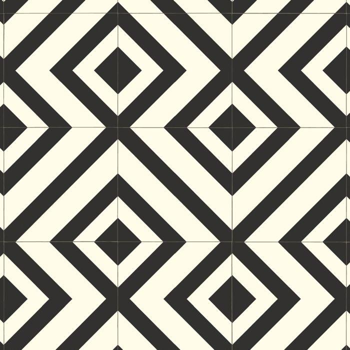 Labyrinth Black/White